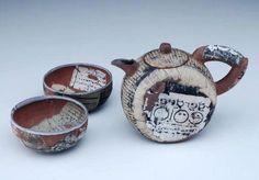 keramici - Junge Keramikfreunde Teekanne von Martin Möhwald, H. Kanne 11 cm, D. Schalen 8,5 cm (schmidt-auktionen.de),https://fbcdn-sphotos-d-a.akamaihd.net/hphotos-ak-prn1/57922_483220815035168_31239482_n.jpg