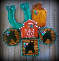 Western Horse Barn Decorated Cookies   Cookie Connection Farm Cookies, Horse Cookies, Crazy Cookies, Iced Cookies, Cute Cookies, Cupcake Cookies, Sugar Cookies, Horse Birthday, Cowboy Birthday