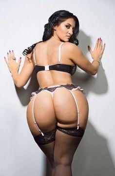 Ass for days @frenchrosebud