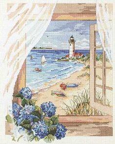 Una spiaggia da sogno, che fa venir subito voglia di vacanze. E' questa la bellissima vista che si gode dalla finestra di questo cottage sul mare dove passare bellissime giornate di relax e di sole.
