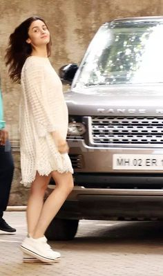 Alia Bhatt Korean Fashion Trends, Indian Fashion, Bollywood Fashion, Bollywood Actress, Anushka Sharma, Indian Celebrities, Alia Bhatt, My Princess, Skin Makeup