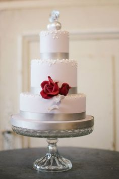 Featured Photography: Kate Nielen, Featured Wedding Cake: Cakes by Krishanthi