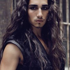 Willy Cartier. What an amazing looking man.