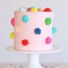 Discovered this perfect pom pom cake by on Pretty Cakes, Cute Cakes, Beautiful Cakes, Amazing Cakes, Beautiful Birthday Cakes, Wilton Cake Decorating, Cookie Decorating, Simple Cake Decorating, Cake Decorating Designs