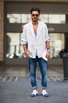 http://www.google.ro/url?sa=i&source=images&cd=&cad=rja&uact=8&ved=0CAQQjxw&url=http%3A%2F%2Ftmagazine.blogs.nytimes.com%2F2014%2F06%2F24%2Fstreet-style-milan-men-fashion-week-spring-summer-2015%2F&ei