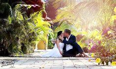 Photography Portfolio, Wedding Decorations, About Me Blog, Wedding Inspiration, Vibrant, Wedding Photography, Facebook, Couple Photos, Wedding Dresses