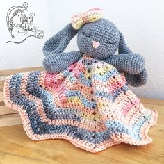 This is a PDF pattern to create Bunny Lovey Parts & Pieces. Instructions are included for the head, arms and ears of the bunny with reference to blanket pattern used. Toys Patterns ravelry Bunny Lovey Parts & Pieces pattern by Victoria Stewart Crochet Baby Toys, Crochet Amigurumi, Crochet For Boys, Crochet Bunny, Amigurumi Patterns, Crochet Dolls, Crochet Lovey Free Pattern, Crochet Blanket Patterns, Baby Blanket Crochet