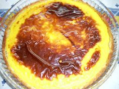 e não só!: Tarte Folhada de Nata I have no idea what this is and I can't understand anything, but this looks DELISH! Need to translate this. Portuguese Recipes, Flan, I Love Food, Baked Goods, Sweet Recipes, Health Tips, Delish, Food And Drink, Low Carb