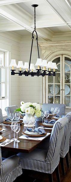 Esszimmer im Landhausstil, Landhausmöbel, Einrichten, Wohnen, Hampton Style, Strandhaus, Farmhouse