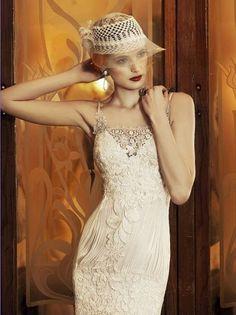 YolanCris Lisboa from Revival Vintage 20s Fashion, White Fashion, Timeless Fashion, Fashion Dresses, Vintage Fashion, Vintage Style Wedding Dresses, Best Wedding Dresses, Lace Wedding, Vintage Mode