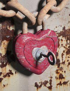 Red heart lock and key I Love Heart, Key To My Heart, Happy Heart, Your Heart, Heart In Nature, Heart Art, Old Keys, Knobs And Knockers, Door Knobs