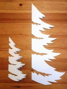 Noel Christmas, Christmas Paper, Christmas Crafts For Kids, Christmas Projects, Winter Christmas, Holiday Crafts, Christmas Ornaments, Christmas Stencils, Paper Decorations