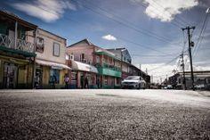 Notre thématique de la semaine : street photography. Cliquez deux fois sur l'image pour en voir + ou juste ici https://www.facebook.com/media/set/?set=a.10152103364986507.1073742016.288088811506type=1 #photographie #streetphotography