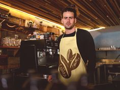 Kaffee Coffee Queen Cafe Kaffeepause Geschenk Männer Premium T-Shirt Latte Macchiato, Coffee Cafe, Shirt Designs, Shirts, Fashion, Beautiful Artwork, Grandma And Grandpa, Coffee Break, Coffee Beans