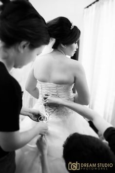 The bride preparation for the day