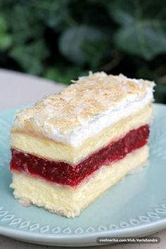 Lisnate vanilija kocke s malinama — Coolinarika Baking Recipes, Cookie Recipes, Dessert Recipes, Croation Recipes, Torta Recipe, Kolaci I Torte, Raspberry Recipes, Torte Cake, Desserts To Make