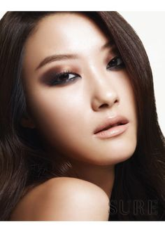 korean / asian / sultry eye makeup / bronze / brown / nude lips