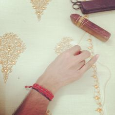 #handwork #jaipur #shawl #richa #rajasthan #craft #gold #shopping #comingsoon #musthave @richadesigns