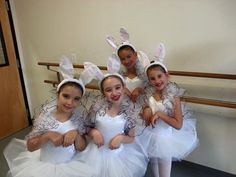 How adorable are these white rabbits at the Philadelphia Dance Academy Alice In Wonderland dress rehearsal? Dance Pics, Dance Pictures, Alice In Wonderland Ballet, White Rabbits, Dance Academy, Rehearsal Dress, Philadelphia, Flower Girl Dresses, Wedding Dresses