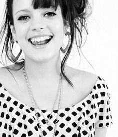 Lily Allen Lily is strong original and fun with her style.. #whoareyou #fun #fashion
