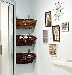 DIY Ideen fürs Wohnen - Die Körbe im Bad dienen als Stauraum