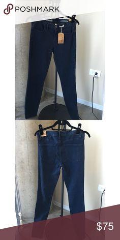 Madewell Denim Legging New with tags, denim legging skinny jean. 99% cotton, 1% spandex. Madewell Pants Skinny