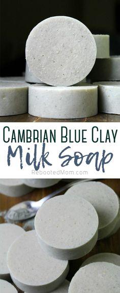 Soap Making Recipes, Homemade Soap Recipes, Raw Recipes, Soap For Sensitive Skin, Raw Milk, Art And Craft, Lotion Bars, Milk Soap, Homemade Beauty Products