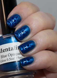 Lacky Corner: Blue on Blue! Kiko 335 with stamping made with MoYou London Kaleidoscope 10 and Mentality Blue Opaque