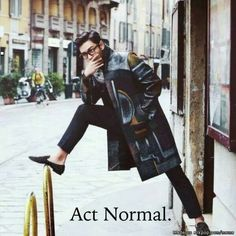 TOP in his normal pose ^_____^