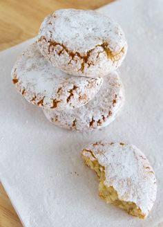 Italian Almond Cookies (Ricciarelli) and Tips for Gluten-Free Christmas Cookies on https://www.theculinarylife.com