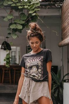 O-Neck Short Sleeve graphic print t shirt boho casual summer tee - summer outfits - Women Style Indie Outfits, Boho Outfits, Boho Summer Outfits, Style Outfits, Casual Outfits, Vintage Outfits, Cute Outfits, Fashion Outfits, Earthy Outfits