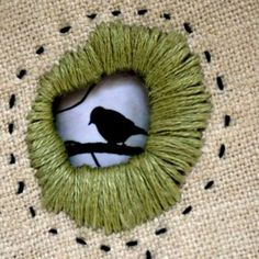 Rhonda& Creative Life: Monday Morning Inspiration / Visible Mending - from Alt mac . Rhonda& Creative Life: Monday Morning Inspiration / Visible Mending – turn old into new Fabric Art, Fabric Crafts, Sewing Crafts, Sewing Projects, Sewing Hacks, Sewing Tutorials, Sewing Tips, Embroidery Applique, Cross Stitch Embroidery