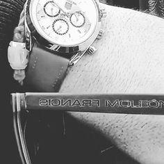 Francis Moleon El tiempo pasa... Elige tu tiempo. #francismoleon #tagheuer #luxury#gold #watches #hats #1 #blue#instagood #celebrity #beautiful #follow #ootd #eyewear #love #music #lifestyle #fashion #skate #surf #girl #live #new #trend #top#red#instalike #instamoments #hiphop #instagram http://tipsrazzi.com/ipost/1505134385904391872/?code=BTjT7_bDpbA