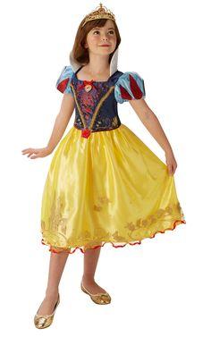 Lumikki Deluxe. Asu käy niin syntymäpäiville kuin prinsessaleikkeihinkin tai sitten vain muuten prinsessamaista pukeutumista vaativiin tilanteisiin.