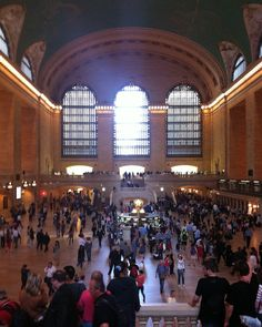 Everyone on their adventures at Grand Central Terminal in New York, USA. www.highspiritbags.com 😊 #newyorkcity #city #backpack #uk #grandcentral #nyc #unicorns #seetheworld #seetheworld #cityexplore #antitheft #theftproof #theftproofbag #summertimeshine #city #love #trainstation #usa🇺🇸 #travel #travelgram #worldwide #traveltheglobe #travelphoto #tourism #streetstyle #exploremore #seetheworld #highspiritbag #highspirit