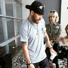 """Tom Hardy taking the plane to Argentina to complete shooting of """"The Revenant"""" - July 2015"""
