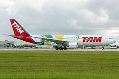 TAM Linhas Aéreas Airbus A330-200 (Selecao Brasileira)