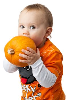 Eat, sleep... explore.. it's just awesome to be a Baby is it not? Find healthy organic food products for your Baby on BayBay.online