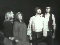 ▶ California Dreamin - The Mamas and the Papas - 1965 - YouTube