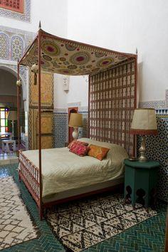Moroccan bedroom*HEADBOARD*