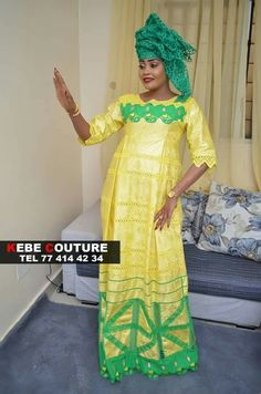 Couture Senegalaise, Femme Senegalaise, Bazin Brodé, Robes De Dame, Boubou,  Robe 75bf8b2c2bc