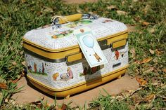 My Junk Obsession: How to Decoupage a Suitcase