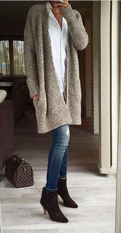 More Than 30 Gorgeous Winter Outfits Ideas With Cardigan ; 50 Gorgeous Winter Outfits Ideas With Cardigan ; Stylish Winter Outfits, Fall Winter Outfits, Classy Outfits, Autumn Winter Fashion, Casual Outfits, Pretty Outfits, Mode Outfits, Fashion Outfits, Fashion Trends