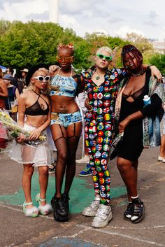 fr aime AFROPUNK Style - festival afropunk fashion 23 Street-Style Stunners That Prove Afropunk Is Mind-Blowing Festival Looks, Festival Mode, Festival Fashion, Festival Wear, Kitenge, Looks Style, Style Me, Black Girls, Black Women