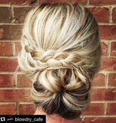 27 Trendy Updos for Medium Length Hair Then switch things up with one of these trendy updos for medium length hair. Here you will find everything from casual. Braided Updo, Braided Hairstyles, Cool Hairstyles, Updo Hairstyle, Messy Chignon, Bridal Hairstyle, Hairstyles 2016, Beautiful Hairstyles, Hairstyle Ideas