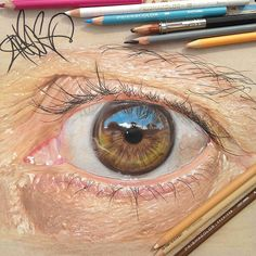 """Texas-based artist Jose Vergara (a. Redosking), a self-described """"graffiti artist with a Medieval heart,"""" brings colored pencil art to a higher level. The artist uses them to create impressively realistic drawings. Amazing Drawings, Amazing Art, Art Drawings, Detailed Drawings, Art Sketches, Awesome, Illustration Au Crayon, Graffiti, Realistic Eye Drawing"""