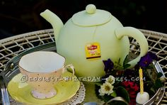 Coolest Tea Pot Birthday Cake... This website is the Pinterest of birthday cake ideas