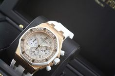 REPOST!!!  Unworn Audemars Piguet Ladies Royal Oak Diamond Offshore - £26,500 ☎️01625403030✉️info@cwcboutique.co.uk #audemars #audemarspiguet #ap #audemarswilmslow #audemarscheshire #royaloak #royaloakoffshore #roo #gold #rosegold #diamonds #ladies #chronograph  Photo Credit: Instagram ID @the_cheshire_watch_company