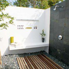 Modern Outdoor Bathroom - Montreal Outdoor Living