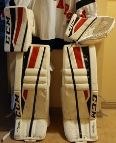 Welcome to the Chameleon Sports store! You'll find lots of info, news, pics and more about our PadSkinz, PalmSkinz, GripSkinz and PantSkinz products. Goalie Pads, Goalie Gear, Red Weave, Ice Hockey, Chameleon, Glove, Color Change, Weaving, Stripes